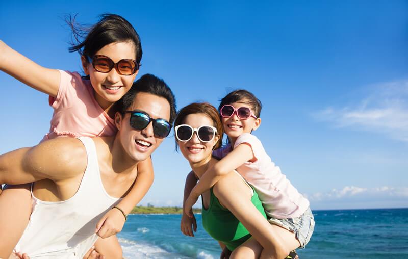 家族で海外旅行に行くならネット環境は「レンタルWiFi」がお得