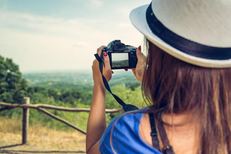 デジカメ写真は即共有♪女子旅にはWiFi機能付きカメラがおすすめ!