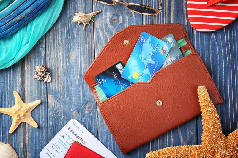 海外旅行にベストな財布は?防犯の観点から選ぼう