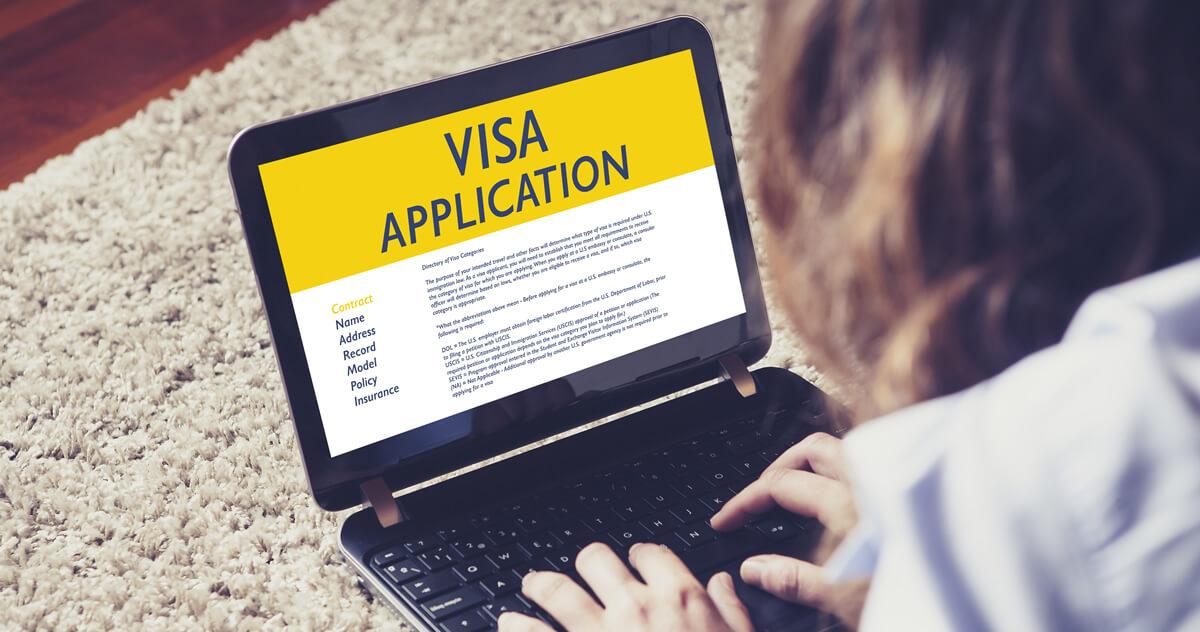 海外旅行の必須アイテム!出入国時に必要な重要書類について解説